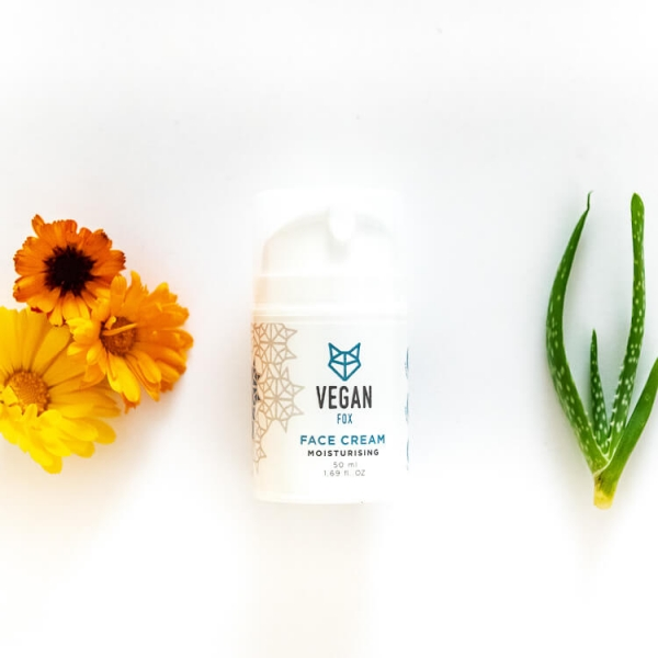 Moisturising face cream calendula marigold extract aloe vera extract vegan fox hand made
